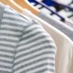Tシャツをクリーニングに出すメリットと家庭洗いの注意点